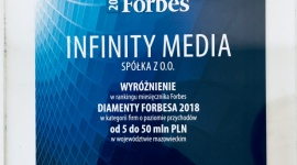 Infinity Media z tytułem Diament Forbesa 2018 BIZNES, Media i PR - Infinity Media, warszawski niezależny dom mediowy, otrzymał tytuł Diament Forbes 2018 przyznawany najszybciej rozwijającym się firmom na polskim rynku.